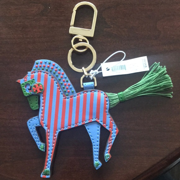 Tory Burch harry horse key fob NWT 2441e18b7
